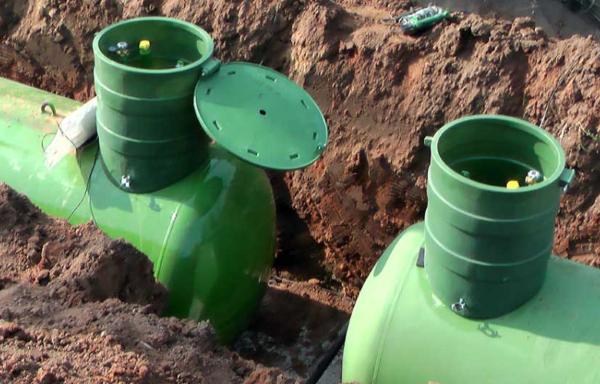 Два газовых резервуара
