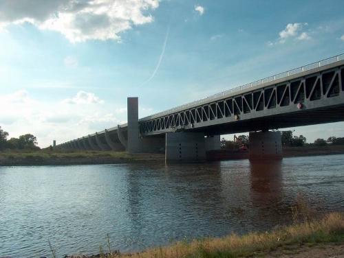 Магдебургский акведук